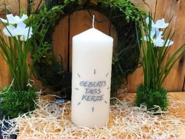"""Große Kerze mit der Botschaft """"Geburtstagskerze"""". Eine tolle Geschenkidee für den Geburtstag."""